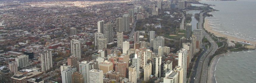 Source: https://commons.wikimedia.org/wiki/File:Chicago_north_from_John_Hancock_2004-11_img_2618.jpg